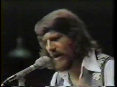 WAYLON JENNINGS - Are You Sure Hank Done It This Way (Soundstage 1975)