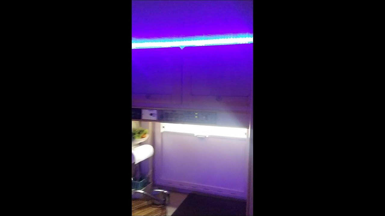 Illuminazione del mio camper - YouTube