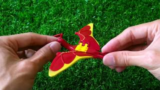Red dinosaur's flying - dinosaurs toys for kids