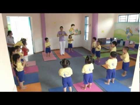 Yoga tre mam non.flv