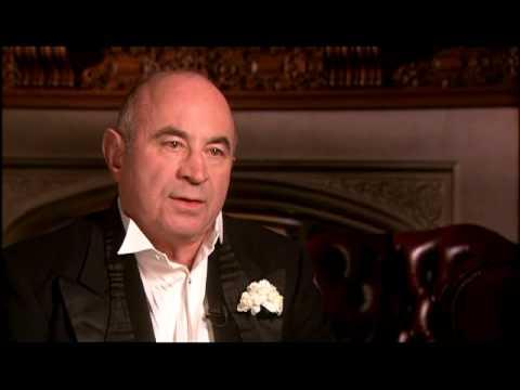 BOB HOSKINS FANCIES THE FIFTIES FOR HOLLYWOODLAND