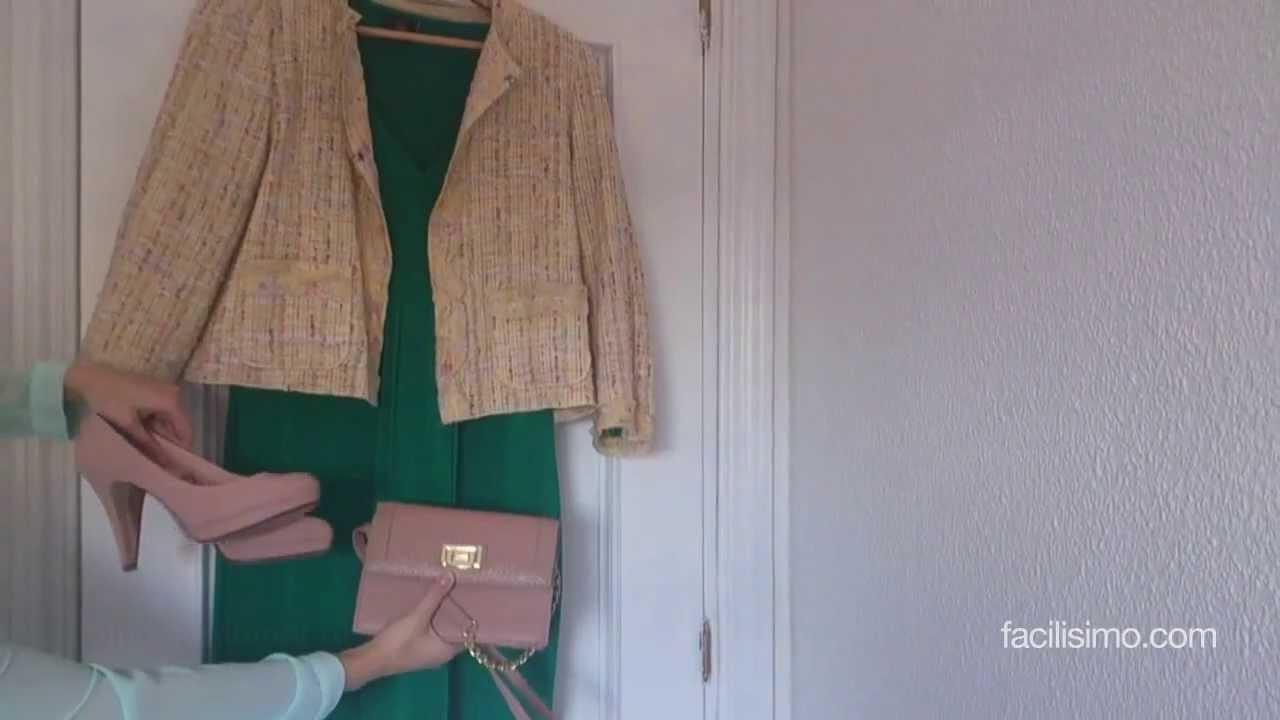 Combinar vestido verde con plata