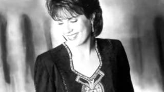 Watch Holly Dunn Heart Full Of Love video