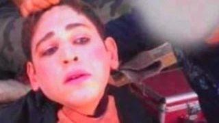 Боевики ИГ бреют бороды и бегут из Сирии под видом женщин