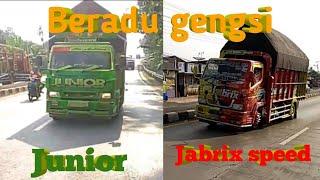"Gambar cover truk JUNIOR dan JABRIX beradu gengsi ,jalur pantura alas roban    COVER "" satu nama tetap di hati"""