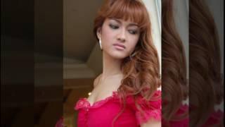 Download Video JULIA PEREZ TRIBUTE MP3 3GP MP4