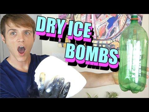 Dry Ice Bomb - Dry Ice Experiments - Elephant Toothpaste | TC #180