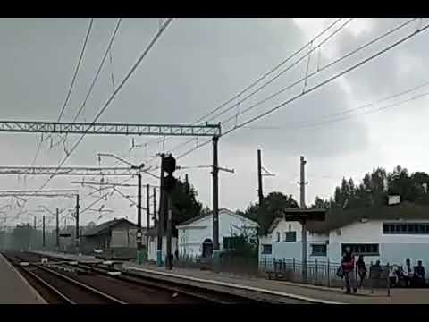 Модернизированный электропоезд ЭР2Р-7070 сообщением #6445 Харьков Левада-Лиман на станции Изюм