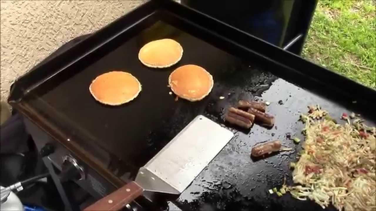 Blackstone griddle breakfast youtube for Blackstone griddle