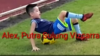 Download Video Alex Putra Sulung Vizcarra: Yu Nanti Kita Dipukul Ya!!! MP3 3GP MP4