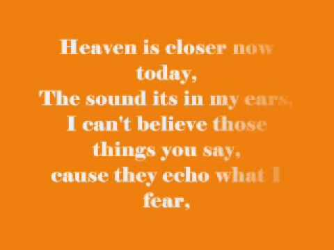 Feels like heaven (Lyrics)
