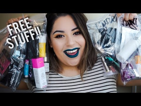 Free Stuff Sephora Employees Get!! | HUGE Sephora Gratis Haul
