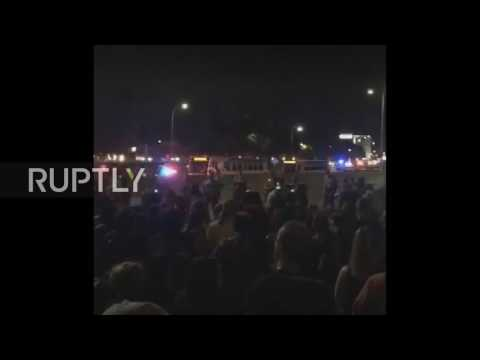 USA: Thousands block freeway in St. Paul following acquittal of officer who shot Philando Castile