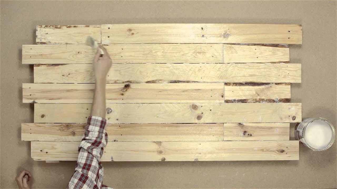 Hacer un cabecero para la cama con pal s youtube - Que hacer con un palet ...