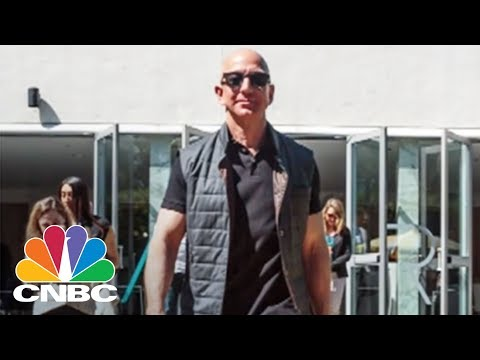 Jeff Bezos Played Beer Pong Against A Robot At Amazon's MARS Conference | CNBC