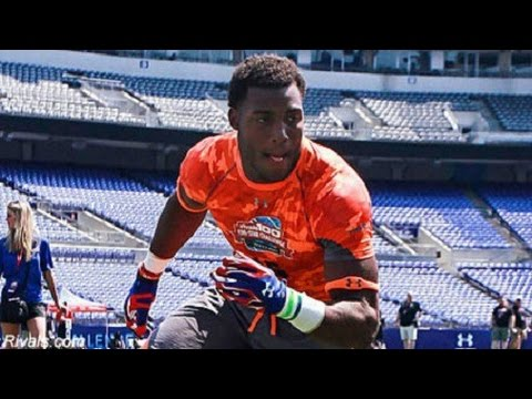 One-On-One With 2015 Star DE Recruit, Byron Cowart | CampusInsiders