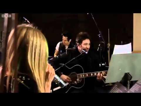 Avril Lavigne - Tik Tok live at BBC Radio 1 (Kesha Cover)