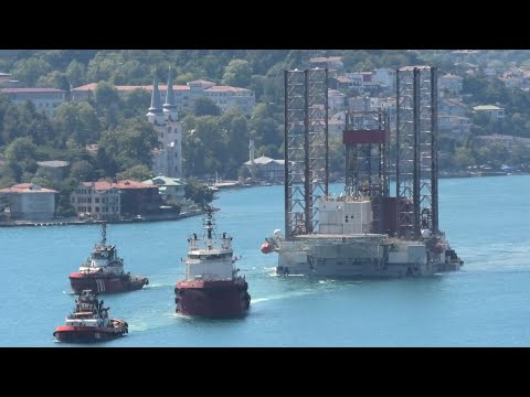 Drilling rig GSP SATURN towed through Istanbul strait towards Black Sea - 12/08/2020