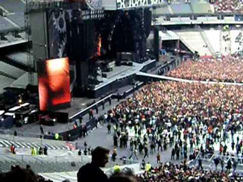 AC/DC au stade de france 12 juin 2009 l'entrée en scène