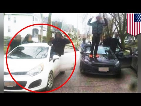 Facebook fails: Stolen car returned after owner sees group posing with it on Facebook - TomoNews