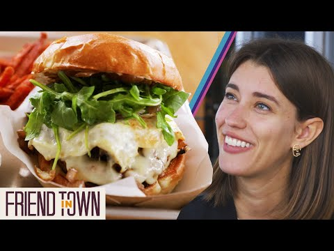We Tried An Iconic California Burger In Napa