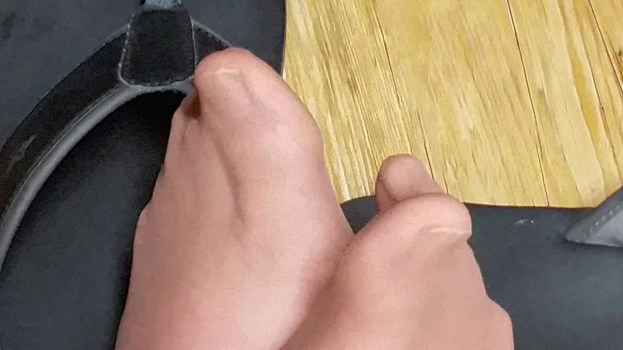 Nylon Toes
