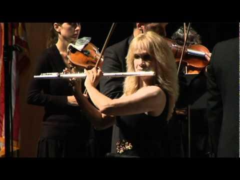 Virtuoso flutist Marilyn Maingart plays Teleman Suite in A Minor