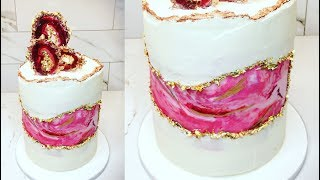Cake decorating tutorials | FAULT LINE CAKE | Sugarella Sweets