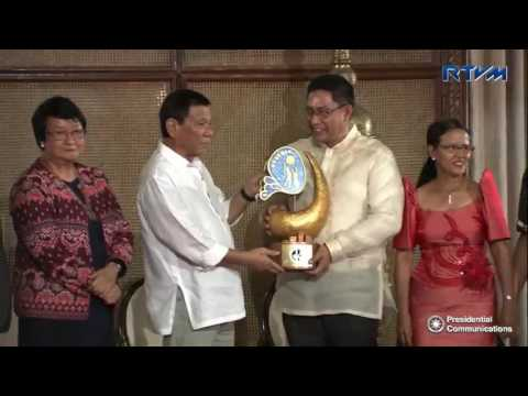 Presidential Award for Child-Friendly Municipalities 9/26/2016
