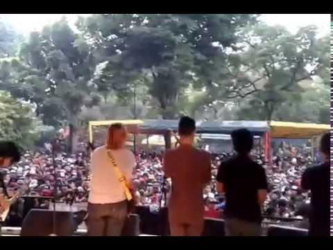 Wacacaw - Lagu Batak @Taman Topi Bogor 10 Oktober 2015