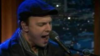 Gavin DeGraw performing Dancing Shoes on Craig Ferguson 6/16/09