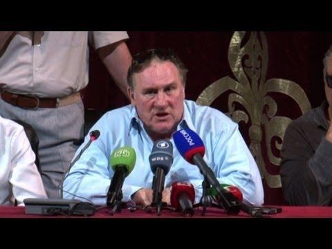 Depardieu tourne en Tchétchénie avec Elizabeth Hurley