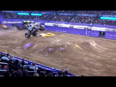 Monster Jam OKC Feb 2017 - Megalodon freestyle