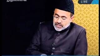 The Promised Messiah should be buried in the grave of the Holy Prophet. Explanation.flv