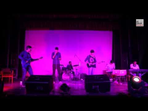 Instant crush (Daft Punk) - Seniors | Ragnarok'18 | IIT Delhi
