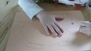 КАК НАРИСОВАТЬ ЗАЙЦА (для детей)(В этом видео ,моя дочка показывает как нарисовать симпатичного зайца. ДЕЛАЕМ ПАСХАЛЬНОГО ЗАЙЧИКА ВМЕСТЕ..., 2013-03-08T15:11:38.000Z)