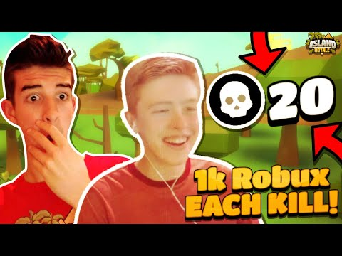 GIVING MY BROTHER 1k ROBUX EACH KILL In ISLAND ROYALE!