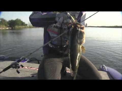 Aaron Martens with a 6 lb start BASS Live www.bassmaster.com