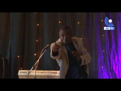 Pastor Jangala Soni akifanya kweli na wimbo wake Dungwa Sindano