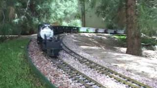 Repeat youtube video World's Longest G Scale Train with (1) locomotive!