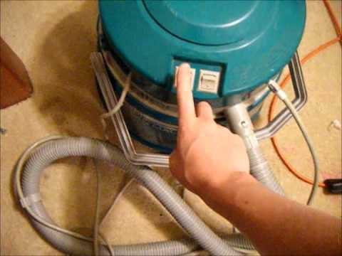 Bissell Big green clean machine - YouTube