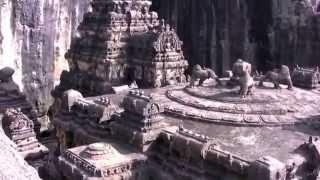 Le Temple hindou de Kailāsanātha : plus grande construction monolithique du monde.