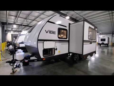 2020-vibe-18rb-small-couples-travel-trailer-by-forestriver-rvs-at-couchs-rv-nation-camper-tours