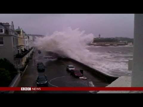 Fierce winter storms bring severe flooding in UK & Ireland - BBC News