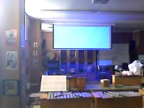 Pantallas para video proyeccion doovi for Pantalla proyector electrica
