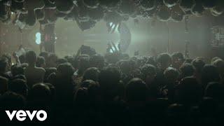 Смотреть клип The Amazons - Black Magic