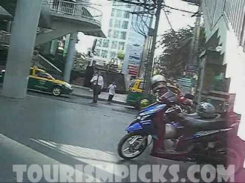 Bicycle Cam Sukhumvit Road - Lumpini Park - Bangkok Thailand PART I
