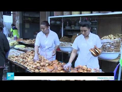رمضان: المسلمون يستهلكون مواد غذائية أكثر بأربعين بالمئة من الشهور الأخرى