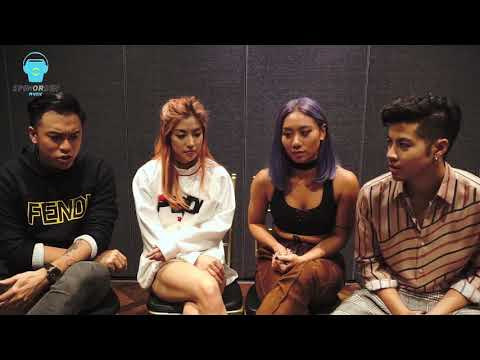 The Sam Willows Plays A Game Of Charades