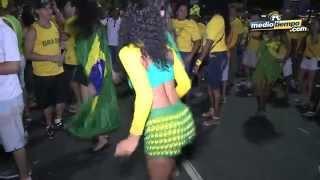 Chica Bom Bom: Carnaval luego de la primera victoria de Brasil